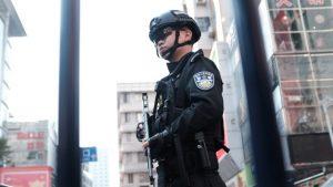 全副武装警察