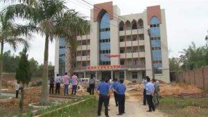 由廣東汕尾市「白石塘」三自教堂集資建成的大樓遭當局強行拆除(信徒提供)