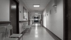 醫院走廊(網絡圖片)