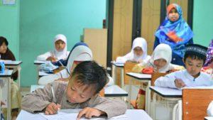 穆斯林幼兒園(網絡圖片)