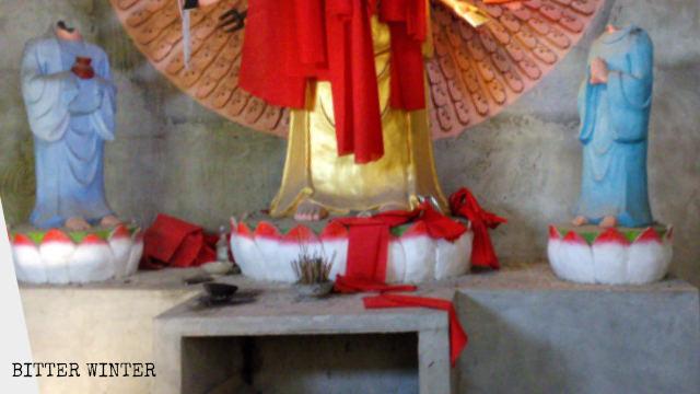 雙門村芭蕉寺被毀的佛像