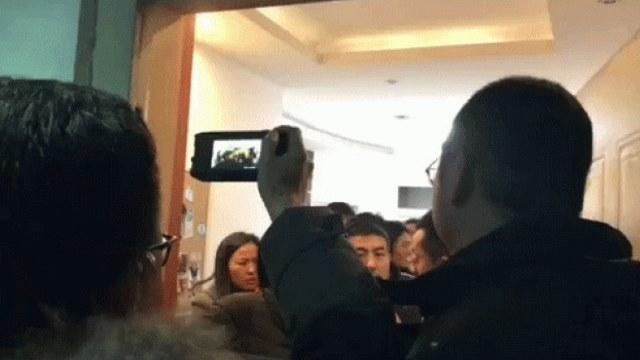 2018年11月10日,秋雨聖約教會信徒被捕現場(網路圖片)