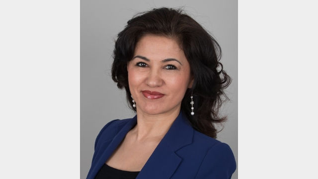 羅珊·阿巴斯畢生致力於捍衛維吾爾人的宗教自由和人權