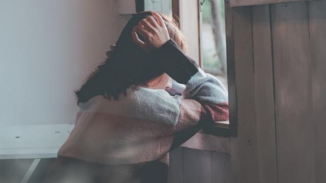 罹患抑鬱症的女子(網絡圖片)