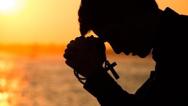 家庭教会信徒祷告(网络图片)