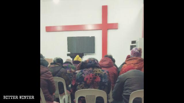 信徒們在聚會