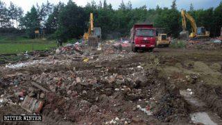 河北造價百萬古寺遭當局強拆 村民下跪求情照拆不誤