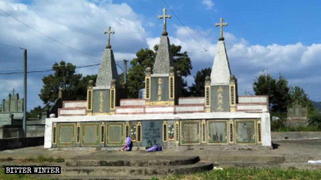 林錫黎主教墓地