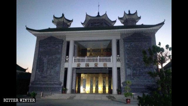 吳忠市一處被整改後的清真寺,洋蔥形狀的圓頂已消失