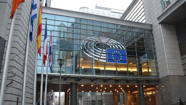 布魯塞爾歐洲議會大樓(Steven Lek - CC BY-SA 4.0)