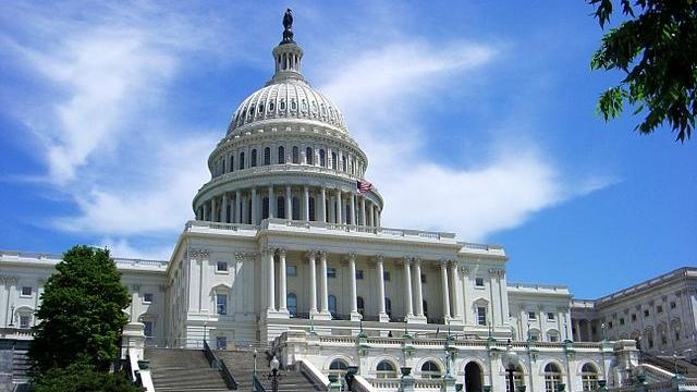 美国国会大楼(Kevin McCoy - CC BY-SA 2.0)