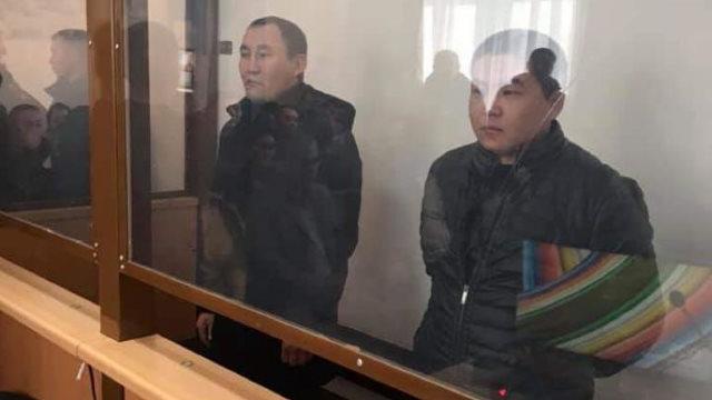 阿里木和木沙汗在宰桑法院聽證會上。