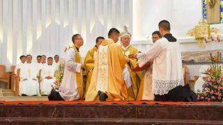 中共欲逼拒入愛國會神父發瘋自殺 與教廷接觸遭控「境外滲透」