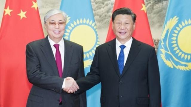 習近平與哈薩克斯坦總統卡瑟姆若馬爾特·托卡耶夫(來自Twitter)