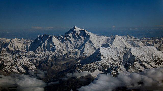 珠穆朗瑪峰上現在建有世界上最高的5G基地台