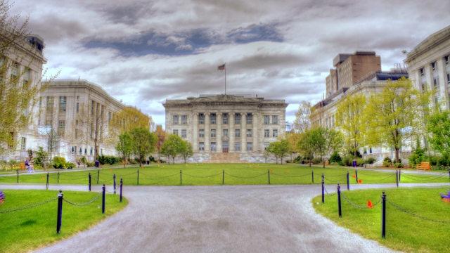 哈佛醫學院