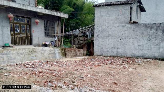 上饒市一復臨安息日家庭教會聚會點被拆成廢墟