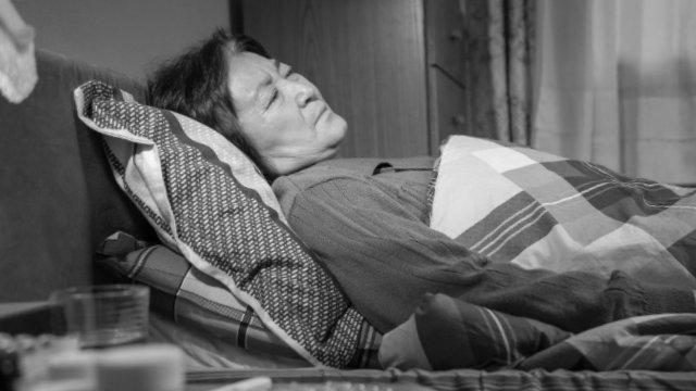 重病在床的老年基督徒(網絡圖片)
