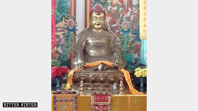 福雲寺內藏式佛像
