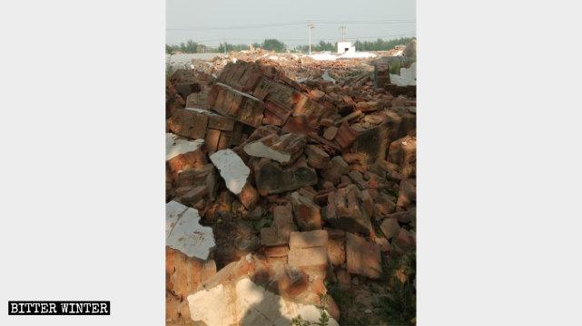 1月13日,菏澤市一處三自教堂被強拆