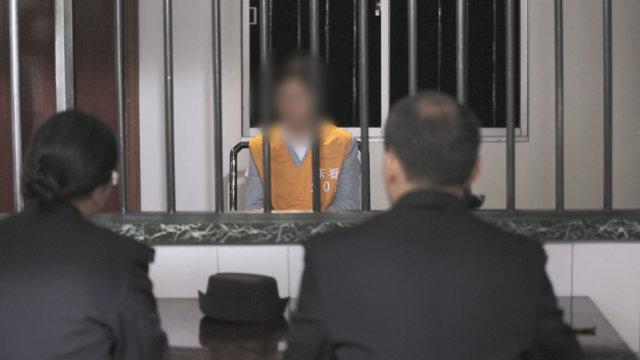 警察提審基督徒(網絡圖片)